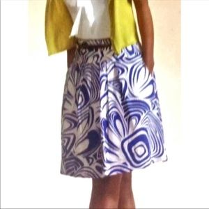 NWT • CAbi Lombard Swirl A-Line Skirt 470